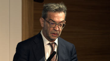 NSCLC biology and new therapies: Immunotherapies ( Dr Rafael Rosell - Catalan Institute of Oncology, Barcelona, Spain )