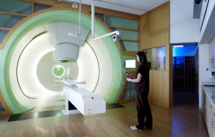 Proton therapy lowers risk of side effects in cancer compared to traditional radiation